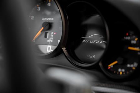 Porsche 911 GT2 RS cuadro mandos