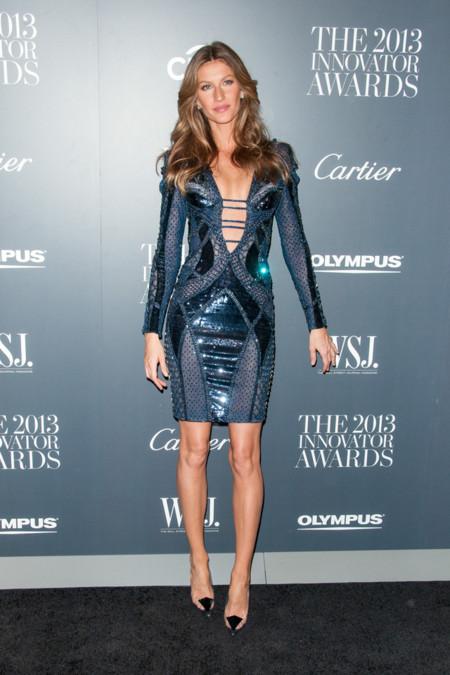 Gisele Bundchen de Atelier Versace en los Premios Innovador del Año de WSJ Magazine 2013 -2