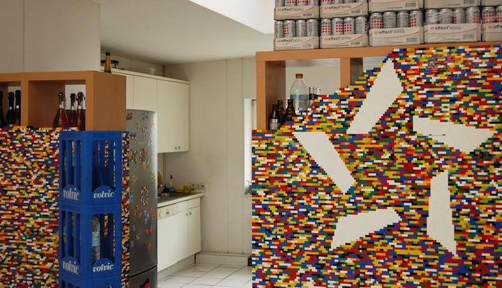 Foto de Separando espacios con un muro de lego (2/7)