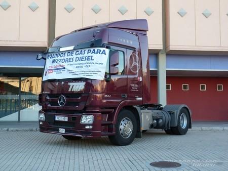 Camión adaptado para funcionar con una mezcla de GLP y diésel