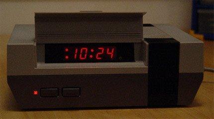 Reloj despertador NES