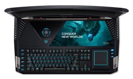 El Acer Predator 21-X es un canto a la exageración, incluido su precio de 10.000 euros