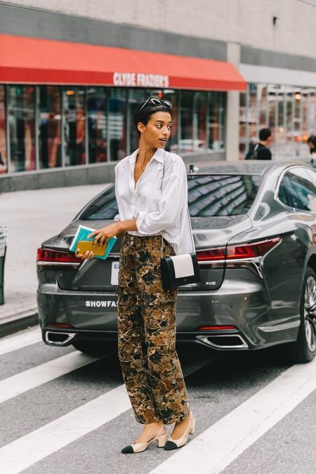 pantalones de camuflaje de mujer