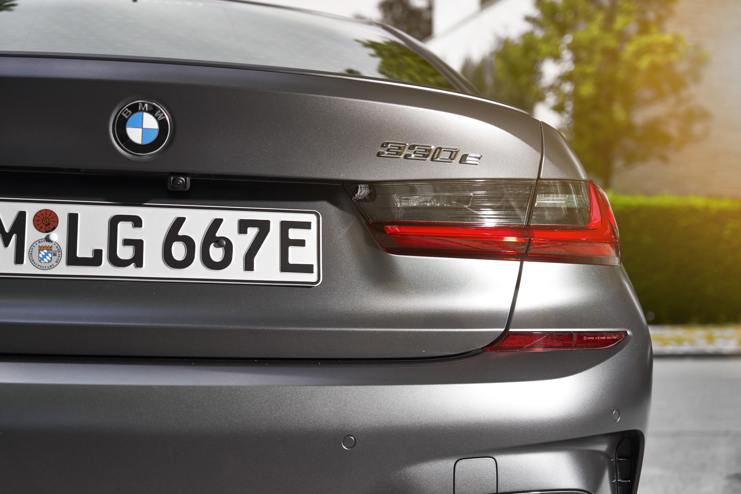 Foto de BMW 330e 2019 (1/11)