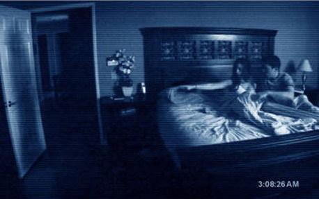 TaquillaUSA:niJigsawniAstroBoypuedencon'ParanormalActivity'