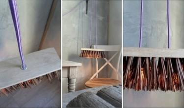 Recicladecoración: una lámpara colgante hecha con una escoba