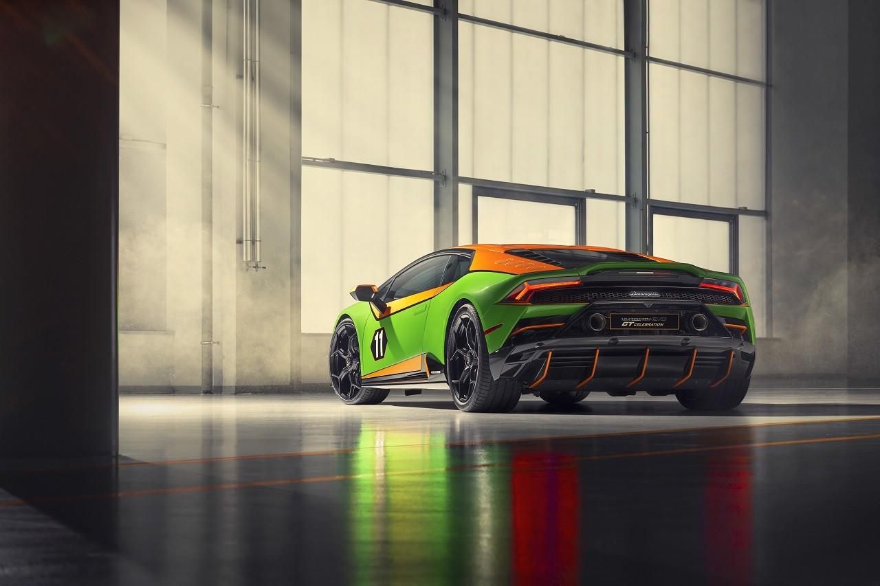 Foto de Lamborghini Aventador SVJ Roadster 63 y Huracán EVO GT (21/34)