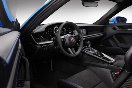 Porsche 911 GT3 2021 9