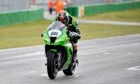 Superbikes San Marino 2011: día de sorpresas con Tom Sykes y Sam Lowes en pole