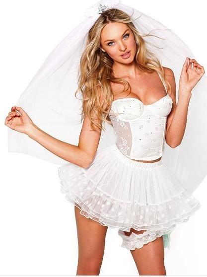 Disfraces para Halloween: Victoria's Secret para la intimidad