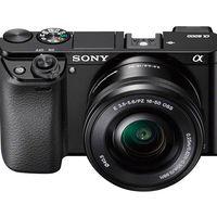 Hacerte con una polivalente sin espejo como la Sony Alpha A6000 con objetivo 16-50mm sólo te costará 439 euros esta semana en Amazon