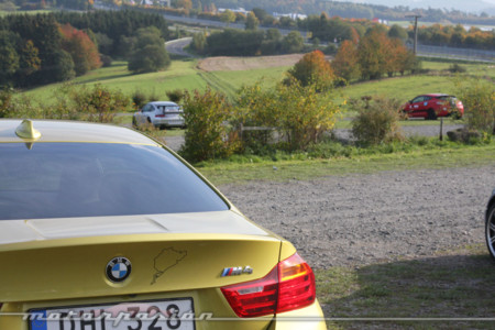 Sueñas con ir a Nürburgring y lo sabemos. Hoy en nuestra guía para principiantes saltamos a pista (parte 3)