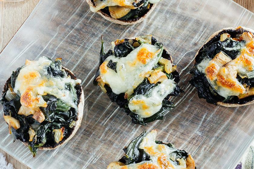 Champiñones gratinados rellenos con espinacas: receta fácil de picoteo