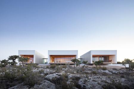 Puertas abiertas; una impresionante casa bioclimática en Formentera realizada bajo criterios bioconstructivos