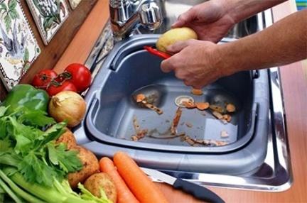 Consejos para ahorrar en la cocina: fregaderos portátiles