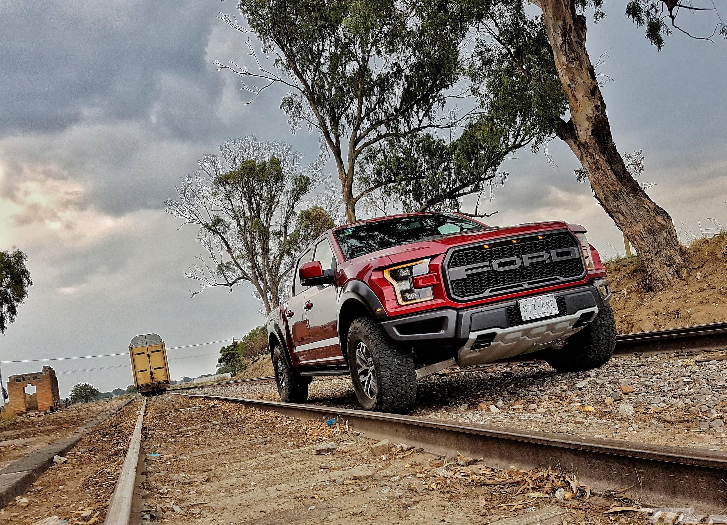 Foto de Ford Raptor (11/44)