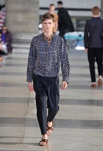Foto de Dries Van Noten, Primavera-Verano 2010 en la Semana de la Moda de París (7/12)