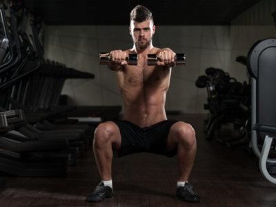 Utiliza una rutina full body para combinar trabajo y gimnasio
