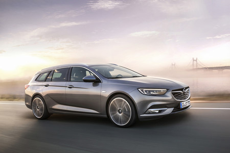 Opel Insignia Sports Tourer 105