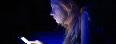 Enganchado al móvil: cómo saber si mi hijo adolescente es adicto a las nuevas tecnologías