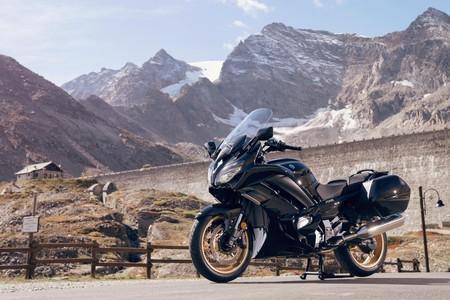 Yamaha FJR1300AS y FJR1300AE Ultimate Edition: el canto de cisne de las sport-turismo de Iwata