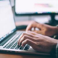 El caso del empleado que programó fallos periódicos en su software para así asegurarse de tener siempre trabajo