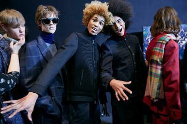 Los desfiles de Fendi, Etro y Trussardi durante la Milán Fashion Week todos marcados por la estética de los 70