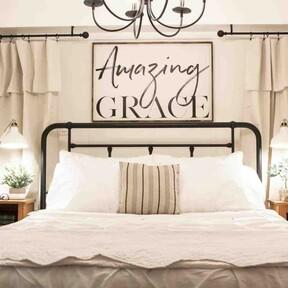 Antes y después: una habitación de matrimonio como cuarto de invitados de estilo rústico chic