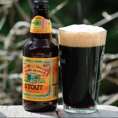 Cerveza Stout: Descubrimos el origen y los secretos de este delicioso estilo cervecero