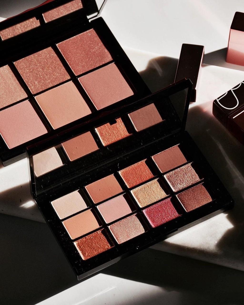 NARS nos propone un maquillaje de primavera luminoso y precioso con sus nuevas incorporaciones