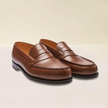 J.M. Weston se suma a la lucha del reciclaje restaurando zapatos viejos para crear una nueva colección