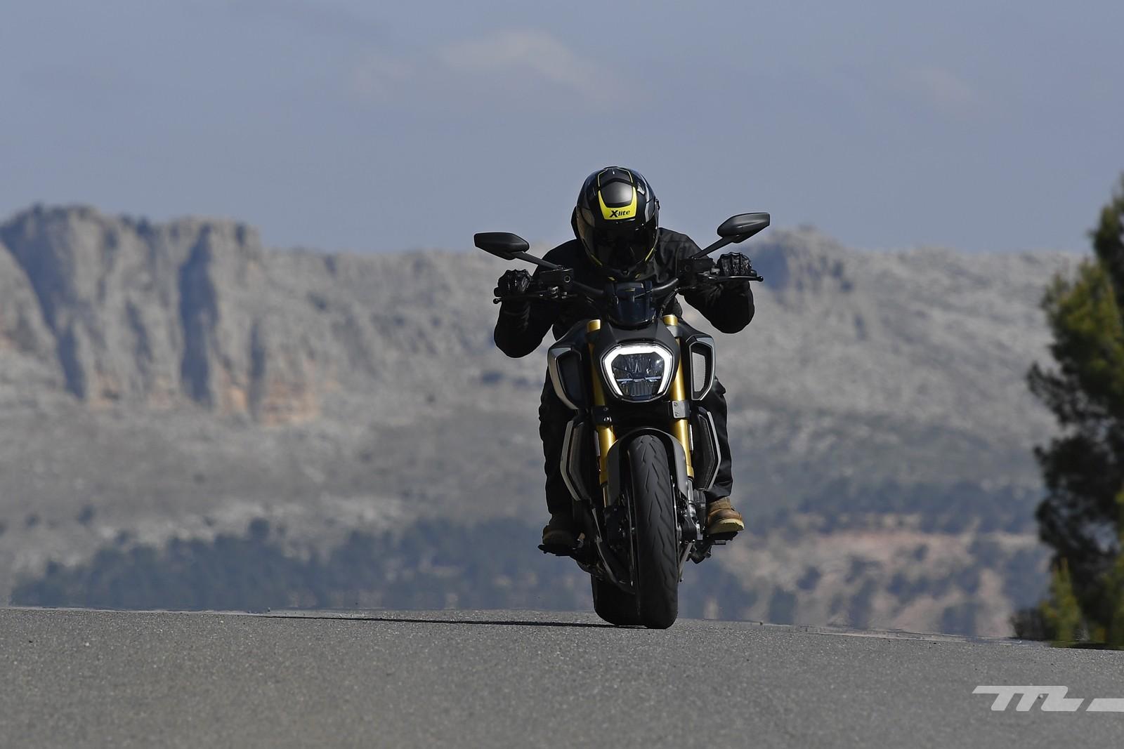 Foto de Ducati Diavel 1260 S 2019, prueba (2/59)