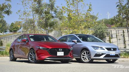 Comparativa: Mazda 3 2019 vs. SEAT León. Dos hatchbacks en una batalla de talento (+ video)