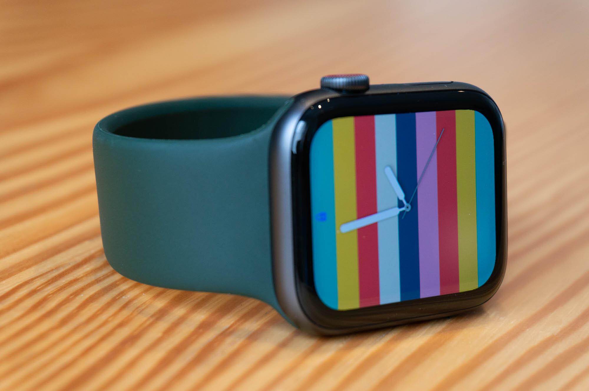 Foto de Apple Watch SE y Solo Loop (21/21)