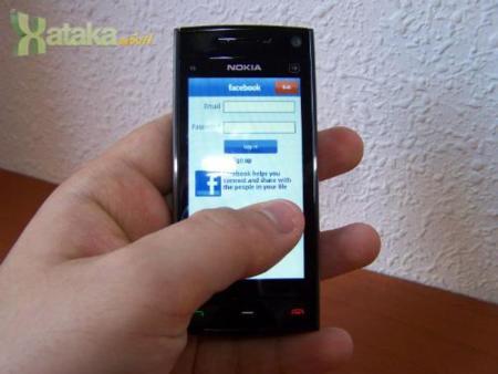 Nokia X6 16GB - pantalla