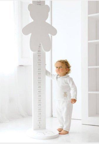 Original medidor de estatura de Cyrus para niños