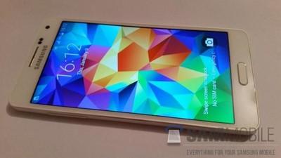 Samsung Galaxy A5, así se llamará el nuevo integrante de la familia Galaxy Alpha