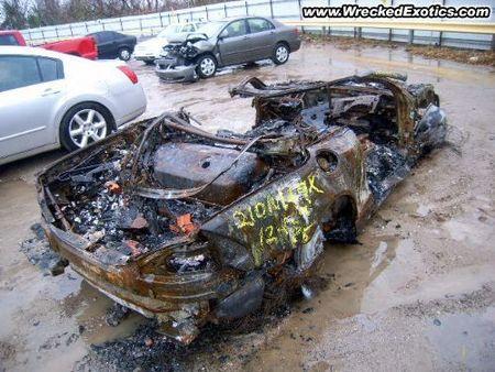 Mercedes SL 550 quemado