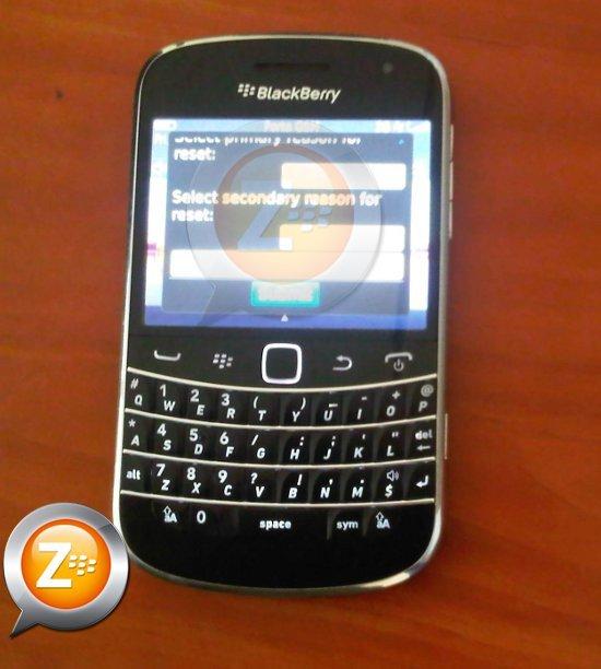 Foto de BlackBerry Bold Touch 9900 se muestra en todo su esplendor en imágenes (1/8)