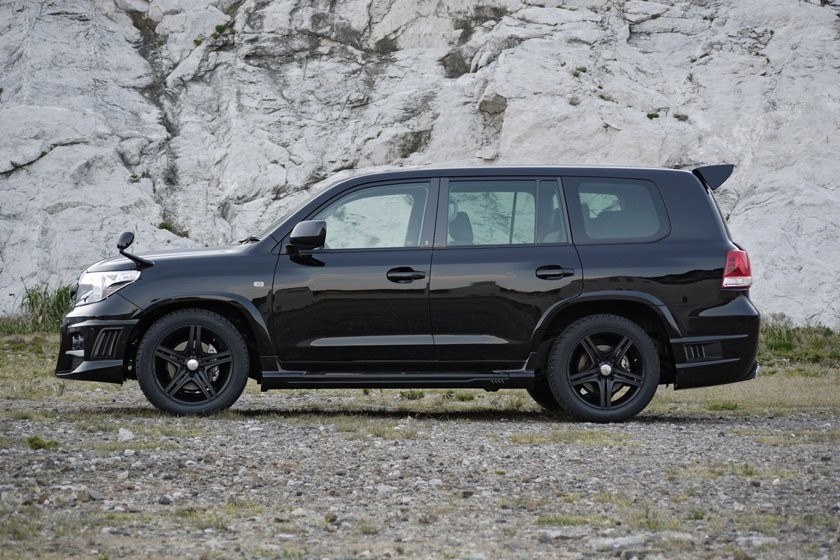 Foto de Toyota Land Cruiser Black Bison (1/23)