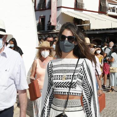 Inés Domecq luce el lookazo boho perfecto de entretiempo
