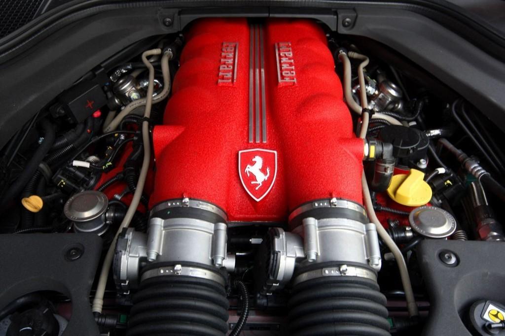 Foto de Ferrari California (34/50)
