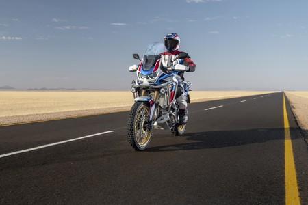 Honda CRF1100L Africa Twin Adventure Sports: ahora con suspensiones electrónicas, pero más cortas