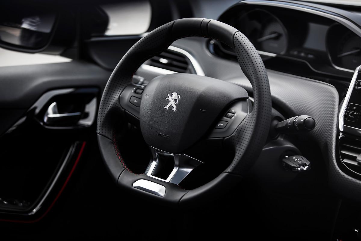 Foto de Peugeot 2008 Allure (2/23)
