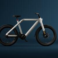 La VanMoof V es una bicicleta eléctrica con tracción integral y suspensión invertida que pretende sustituir a los coches en la ciudad