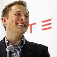 Elon Musk afirma que Tesla tendrá lista las funciones básicas de la conducción autónoma de nivel 5 para este año