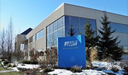 RIM retrasa BlackBerry 10 hasta el 2013 y anuncia perdidas por 518 millones de dólares