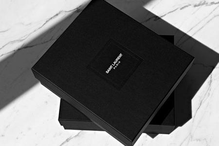 El nuevo packaging de Saint Laurent Paris