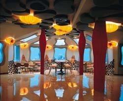 Restaurante Red Sea Star en las profundidades del Mar Rojo