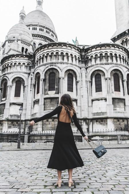 El vestido con la espalda al aire